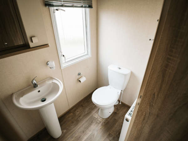 2017 Carnaby Oakdale 35ft x 12ft - 2 bed for sale at Castle Cove Caravan Park in Abergele North Wales - Shower Room