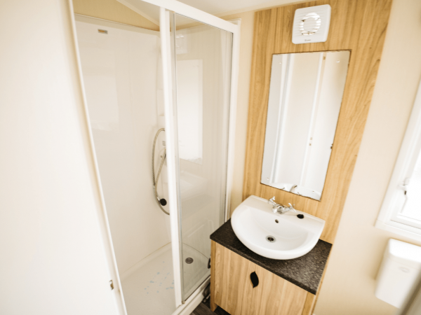 2016 Willerby Peppy 35ft x 12ft - 2 bed for sale at Castle Cove Caravan Park in Abergele North Wales - Family Shower Room